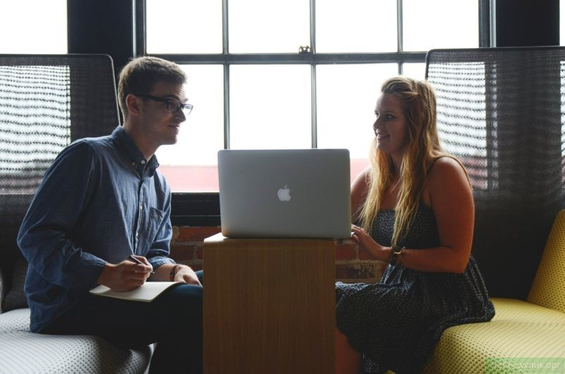 Общение с людьми помогает самореализоваться